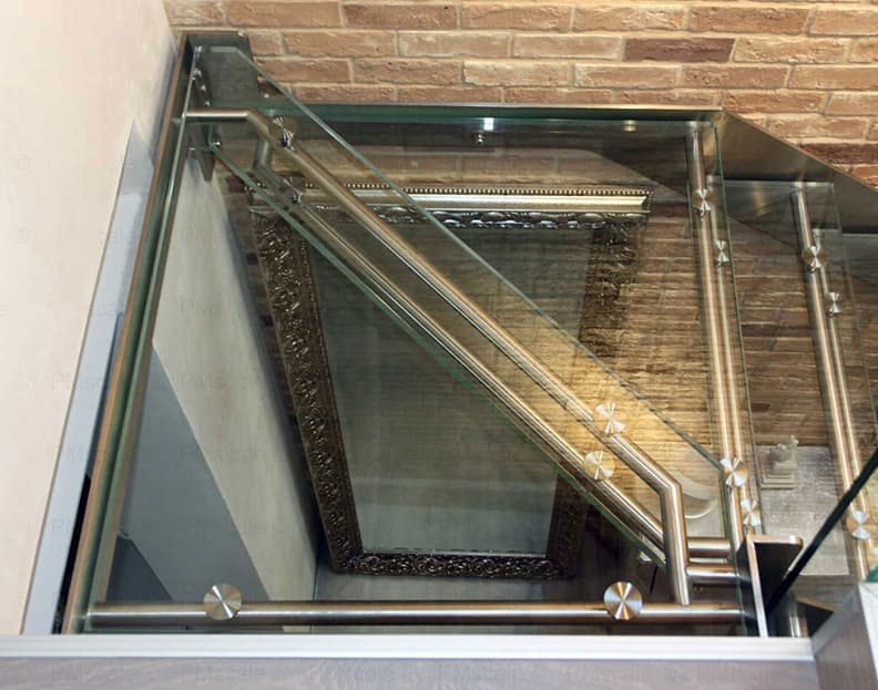 glass staircases - italian design staircases